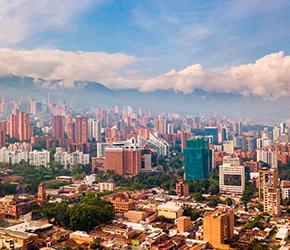 vuelo + hotel/de Bogotá a Medellín